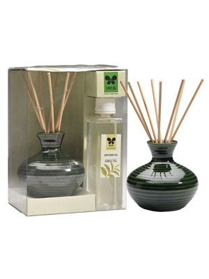 "IRIS-Attractive Ceramic Pot Reed Diffuser  - Green Tea with 8 reed stick of 7"" length and 200ml diffuser oil bottle"